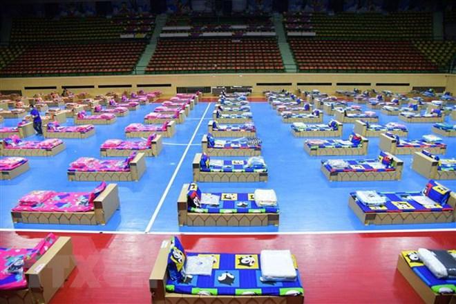 Thái Lan lập bệnh viện dã chiến chăm sóc cho bệnh nhân COVID-19 nặng   Sức  khỏe   Vietnam+ (VietnamPlus)