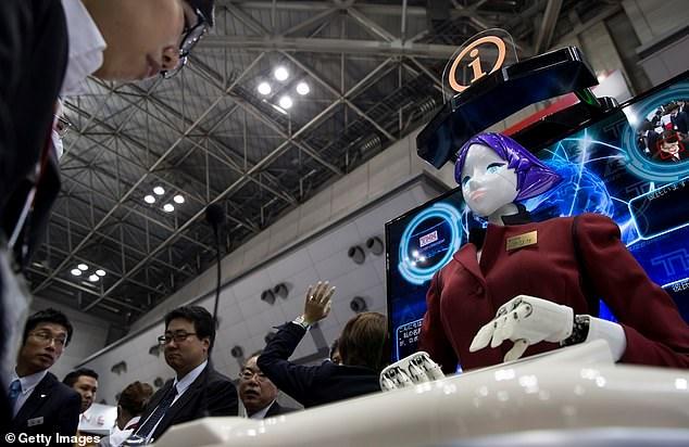 Nhật Bản triển khai nữ robot đón khách đến với Thế vận hội 2020