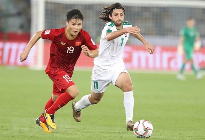 Quang Hải lọt top 10 cầu thủ ấn tượng sau lượt trận đầu tiên