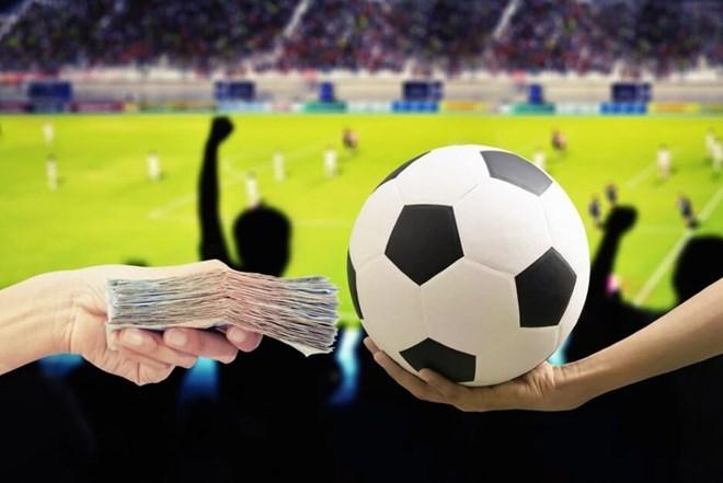 Triệt phá ổ nhóm cá độ bóng đá trên mạng Internet quy mô lớn - ảnh 1