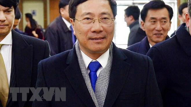 Phó Thủ tướng, Bộ trưởng Ngoại giao Phạm Bình Minh tới Triều Tiên