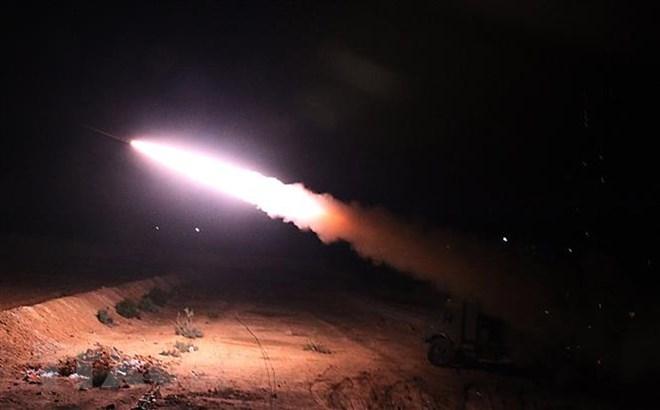 Syria: Hơn 600 người rời khỏi thành trì cuối cùng của IS - ảnh 1
