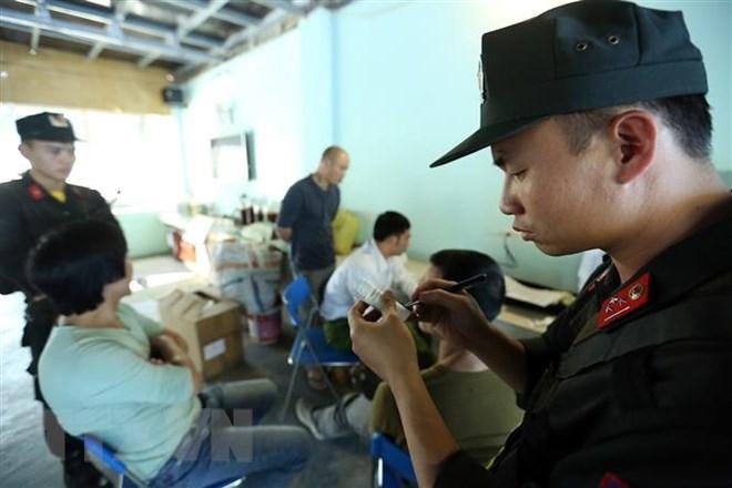 Bà Rịa-Vũng Tàu: Phát hiện hai lái xe đầu kéo dương tính với ma túy