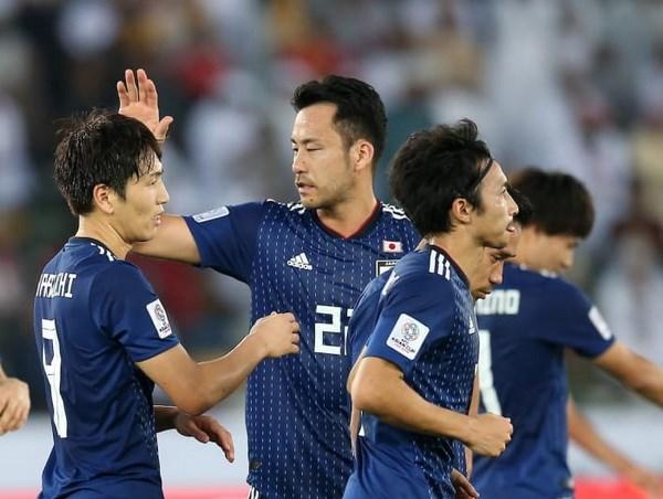 Nhật Bản thắng 2 trận liên tiếp, thủ quân Maya Yoshida vẫn lo lắng - ảnh 1