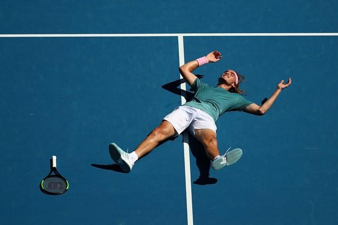 'Sát thủ' hạ Federer thẳng tiến vào bán kết Australian Open 2019