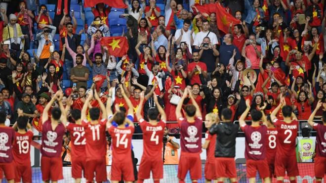 Chúng tôi tự hào vì là một phần lịch sử của bóng đá Việt Nam - ảnh 3