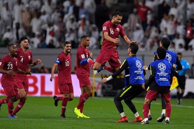 Truyền thông châu Á ngỡ ngàng trước chiến thắng của Qatar - ảnh 1