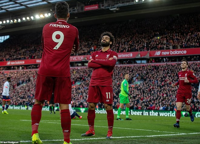 Liverpool trở lại ngôi đầu Premier League. (Nguồn: Daily Mail)