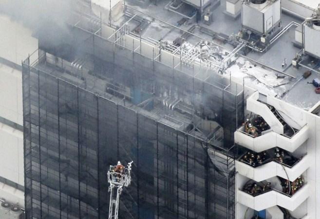 Nhật Bản: Cháy lớn tại một nhà kho ở Tokyo, gây thương vong - ảnh 1