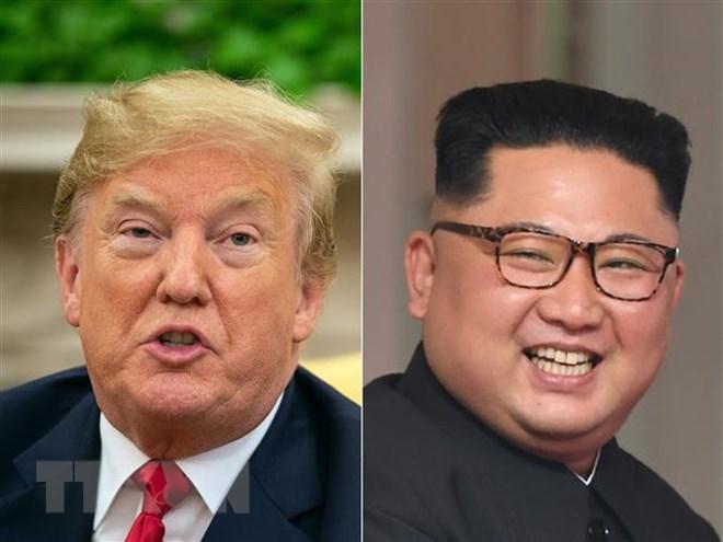 Tổng thống Mỹ Donald Trump (trái) và nhà lãnh đạo Triều Tiên Kim Jong-un. Ảnh: AFP/TTXVN