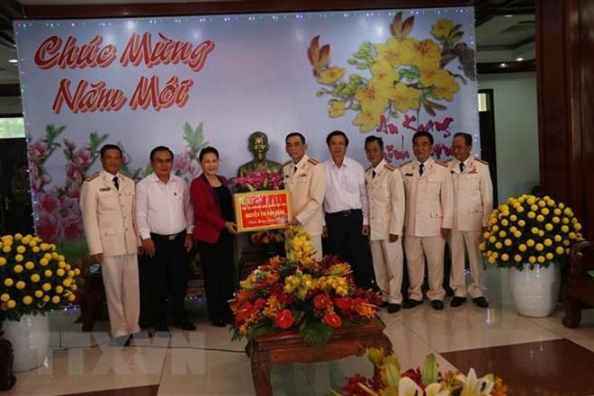 Chủ tịch Quốc hội thăm và chúc Tết tại Tiền Giang chiều 30 Tết