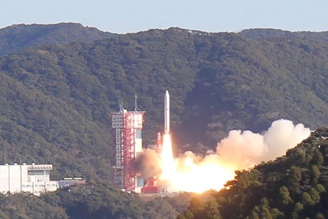 Tên lửa Epsilon số 4 đem theo vệ tinh do người Việt làm chủ vào quỹ đạo. Ảnh: P.A.T