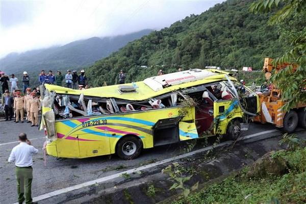 Xác định nguyên nhân vụ xe chở sinh viên rơi xuống đèo Hải Vân
