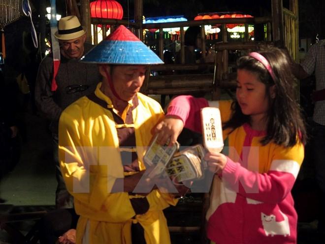 Su kien trong nuoc 4-10/12: Bat tam giam ong Dinh La Thang hinh anh 2