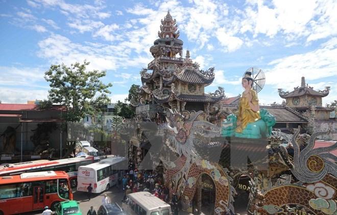 Su kien trong nuoc 11-17/12: Cach chuc Bi thu Tinh uy Vinh Phuc hinh anh 9