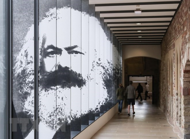 Su kien quoc te 30/4-6/5: The gioi ky niem 200 nam ngay sinh Karl Marx hinh anh 1