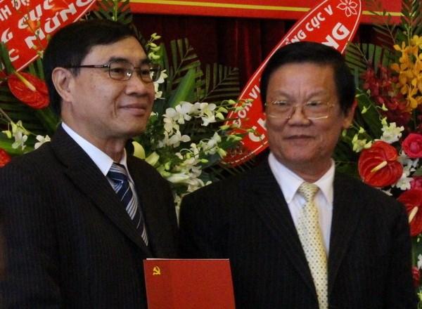 Uy vien Ban Chap hanh Trung uong Dang (chinh thuc) khoa XII - Phan 1 hinh anh 28