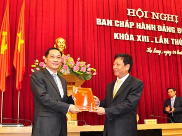 Uy vien Ban Chap hanh Trung uong Dang (chinh thuc) khoa XII - Phan 3 hinh anh 19