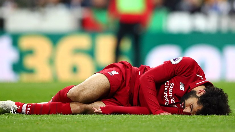 Liverpool tổn thất nặng nề trước trận 'sinh tử' với Barcelona