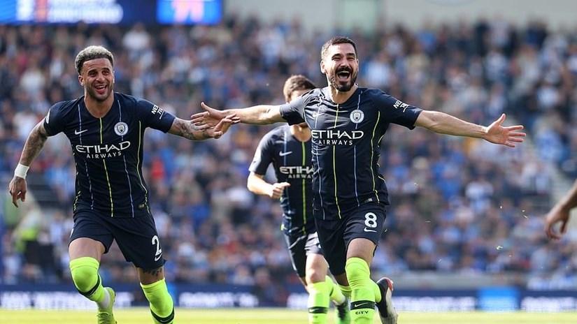 Man City đăng quang Premier League sau trận thắng hủy diệt