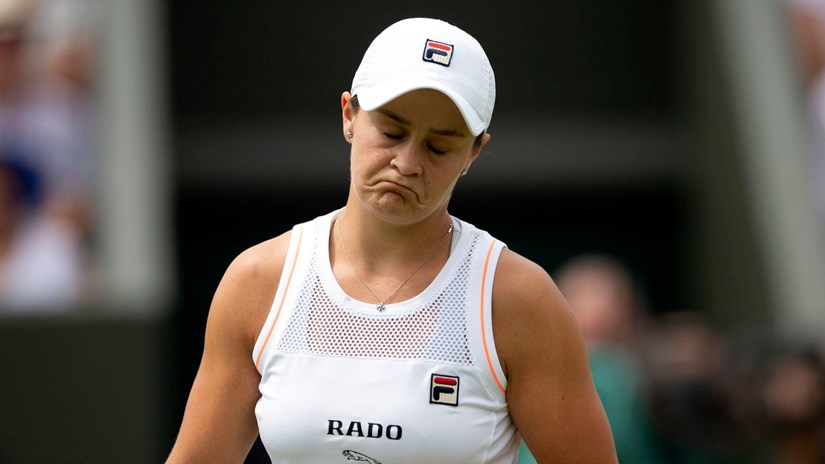 Wimbledon 2019: Tay vợt số 1 thế giới ngậm ngùi dừng cuộc chơi
