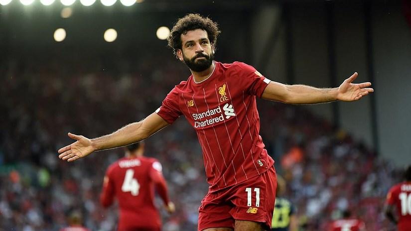 Liverpool độc chiếm ngôi đầu, M.U thua sốc