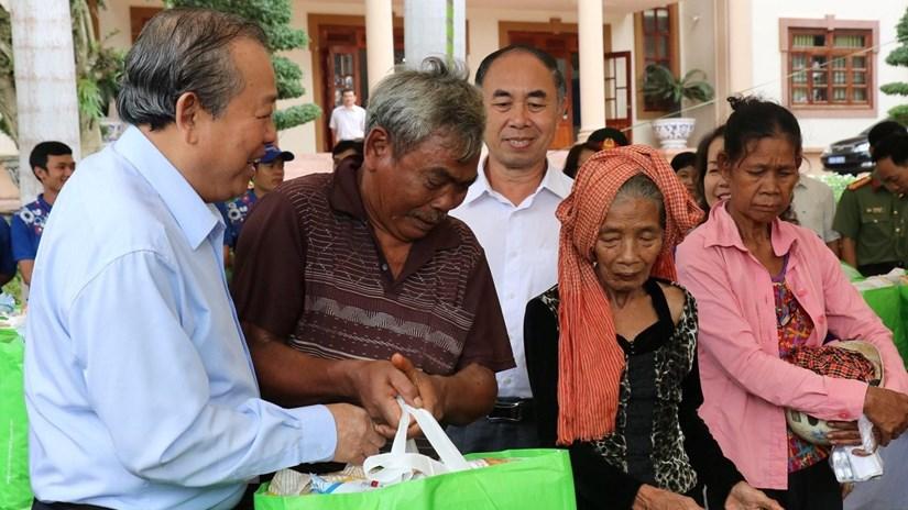 Phó Thủ tướng thăm đồng bào dân tộc, gia đình chính sách ở Bình Phước