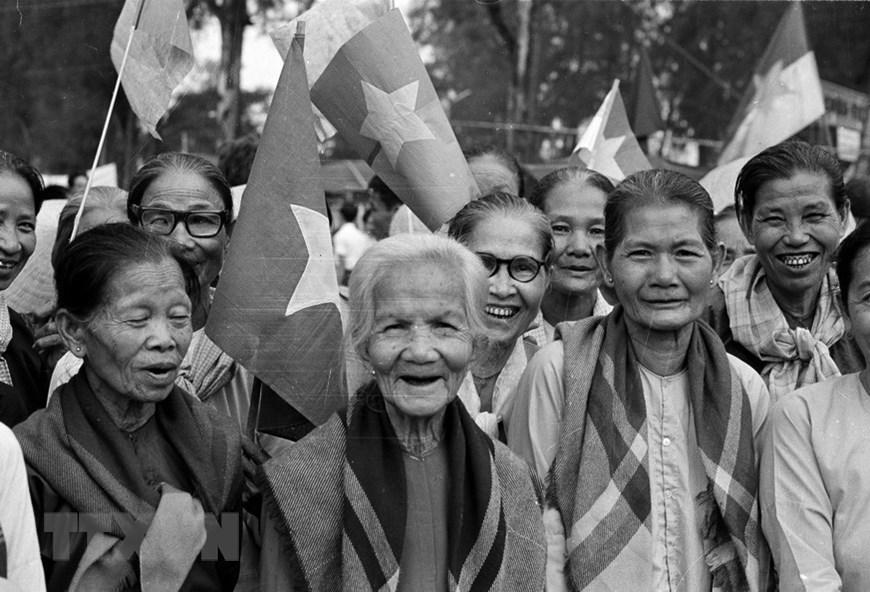 Những Hinh ảnh Về Ngay Giải Phong Miền Nam Thống Nhất đất Nước Xa Hội Vietnam Vietnamplus