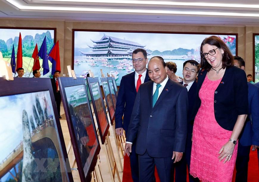 Hình ảnh Lễ ký EVFTA và EVIPA giữa Việt Nam và Liên minh châu Âu - 10