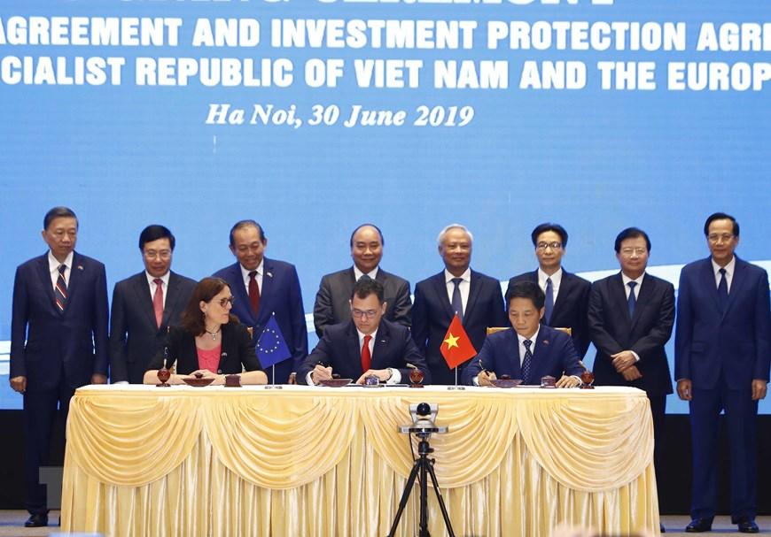 Hình ảnh Lễ ký EVFTA và EVIPA giữa Việt Nam và Liên minh châu Âu