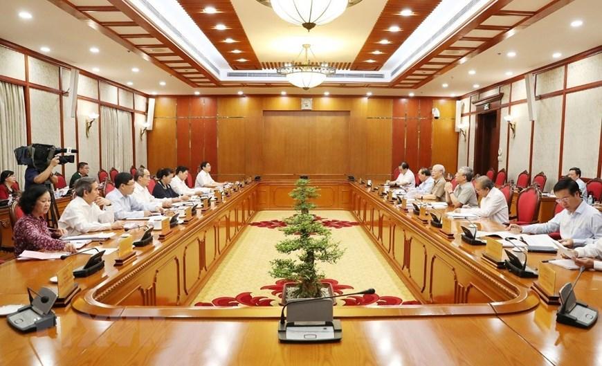 [ẢNH] Tổng Bí thư, Chủ tịch nước chủ trì họp Bộ Chính trị - 2