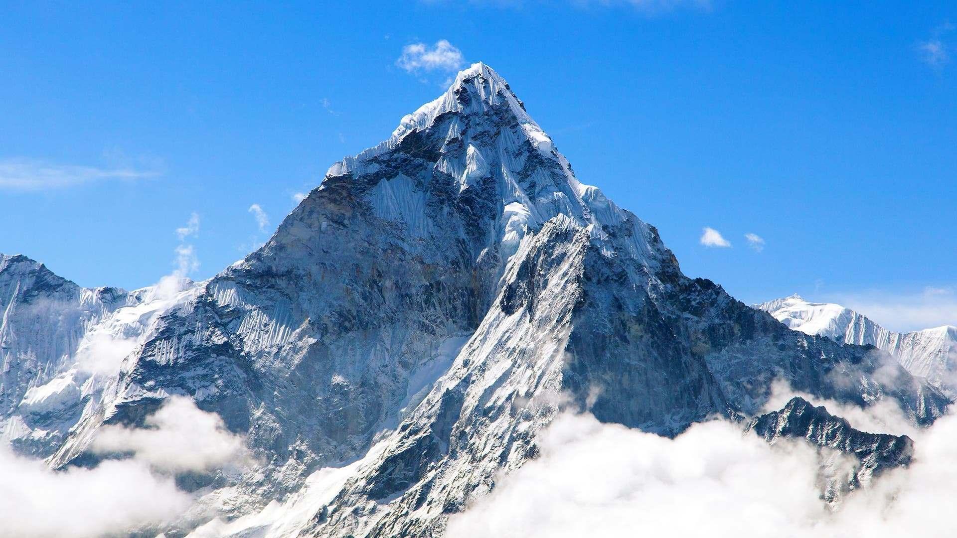 Trung Quốc và Nepal thống nhất độ cao mới của đỉnh Everest | Môi trường | Vietnam+ (VietnamPlus)