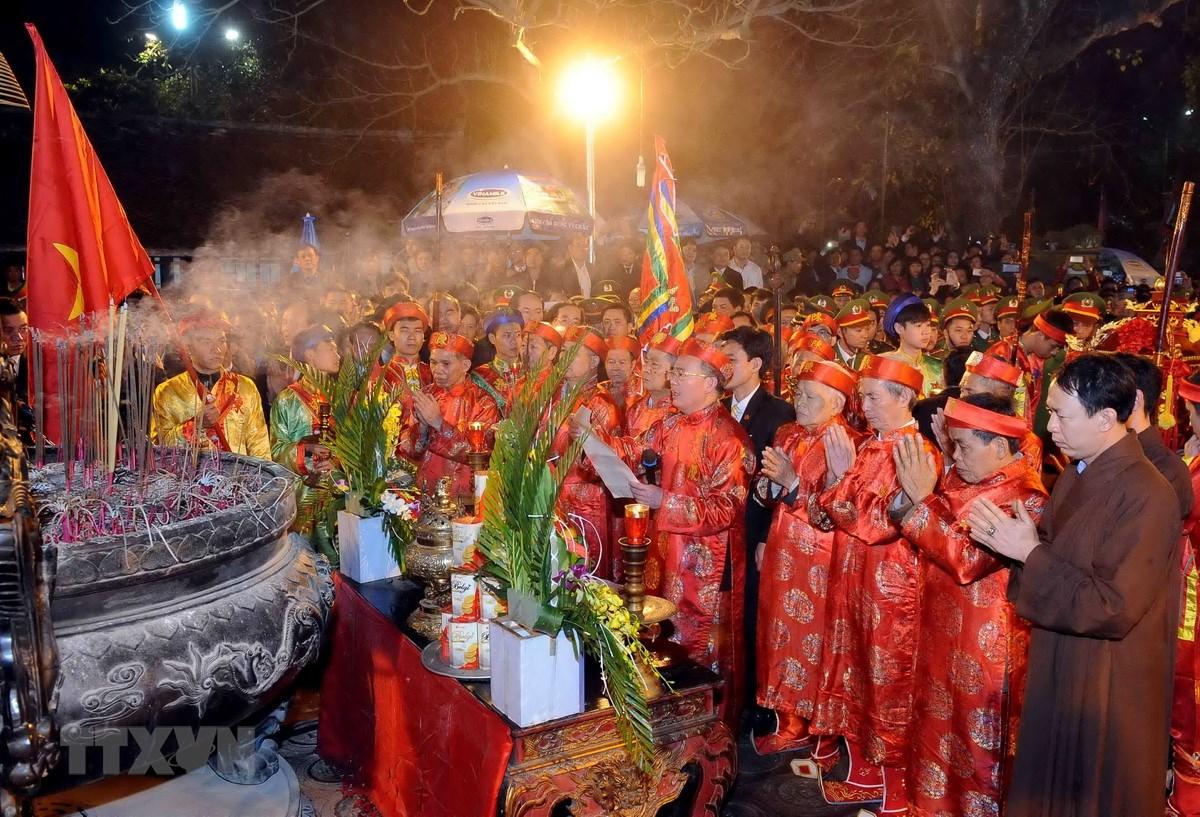 Nam Dinh: Le khai an Den Tran Xuan At Mui 2015 khai mac trong dem