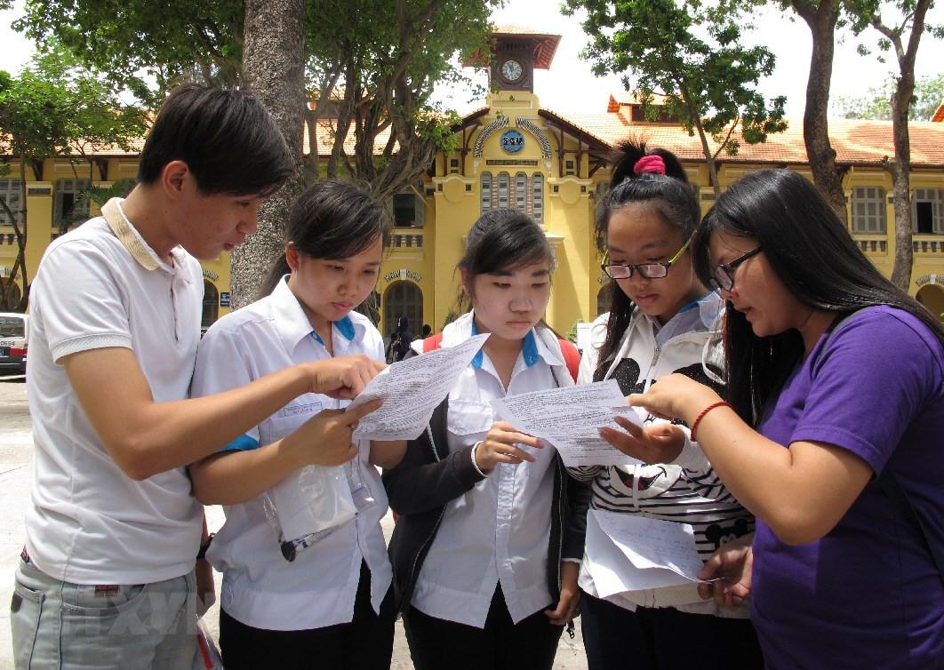 Lanh dao Bo Giao duc tin tuong khoi phuc duoc du lieu goc diem thi hinh