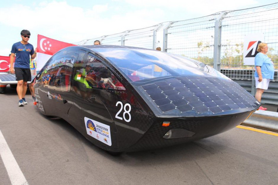 Kết quả hình ảnh cho Australia tổ chức cuộc đua xe ô tô chạy bằng năng lượng mặt trời 2