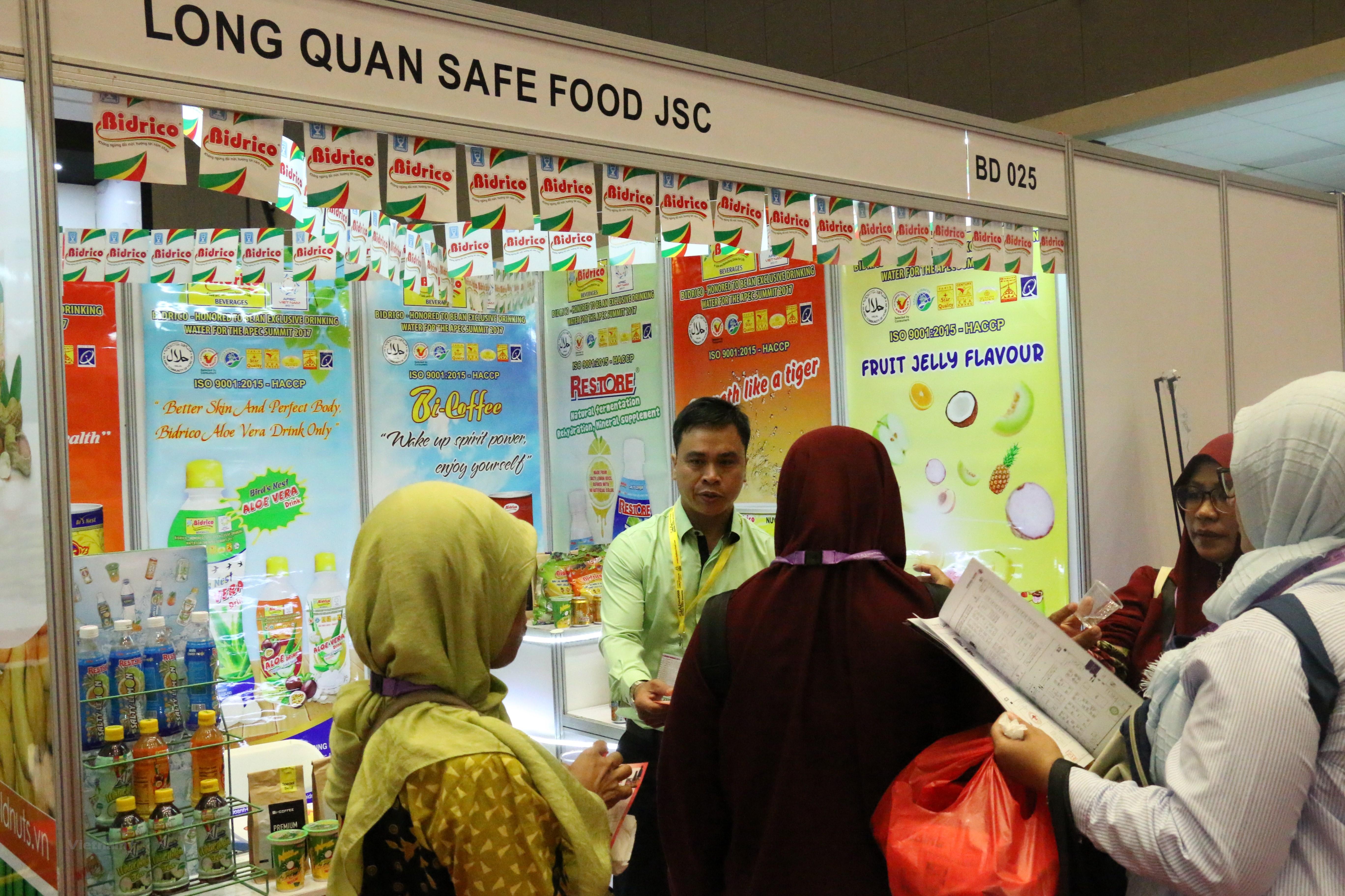 Việt Nam tham gia Hội chợ quốc tế SIAL InterFood tại